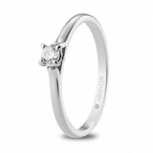 Solitario de compromiso de oro blanco y diamante 74B0124